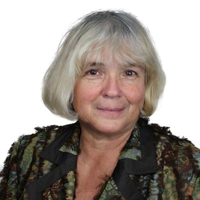 Dr. med. Andreea Lack